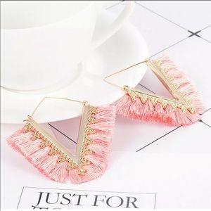 !!NEW!! Blush & gold tassel fringe earrings!! 🤩